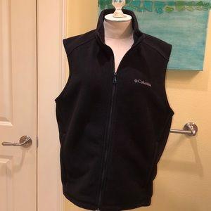 Columbia Men's full zip fleece vest